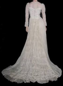 1945 wedding gown