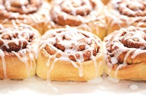 cinnamon-roll-icing