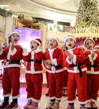 Chinese children at Christmas