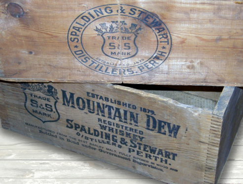 Wooden Whiskey case Spalding and Stewart