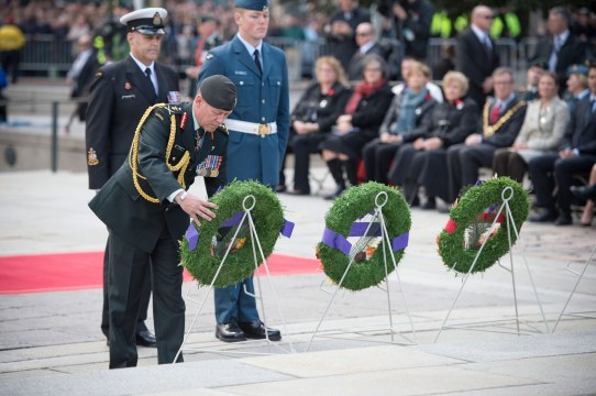 laying-of-wreaths