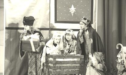 m5-nativity-play