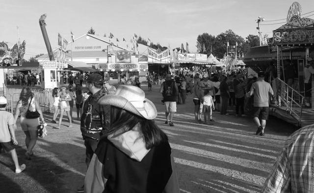 Perth Fair midway 1