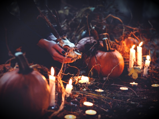 witch at Hallow'en